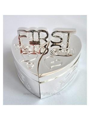 Кутийки за зъбче и косичка във форма на сърце