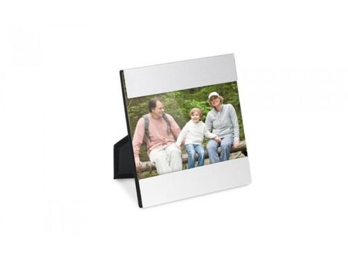 Рамка за снимка за снимка с размери - 135 х 75 мм. - с включено гравиране