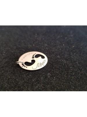 Сребърен медальон с включено гравиране
